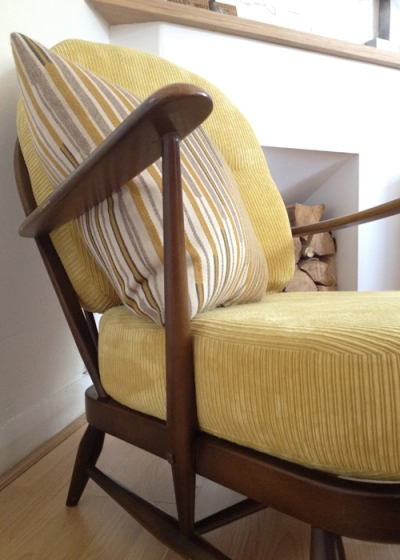 Ercol Windsor Armchair Side Detail